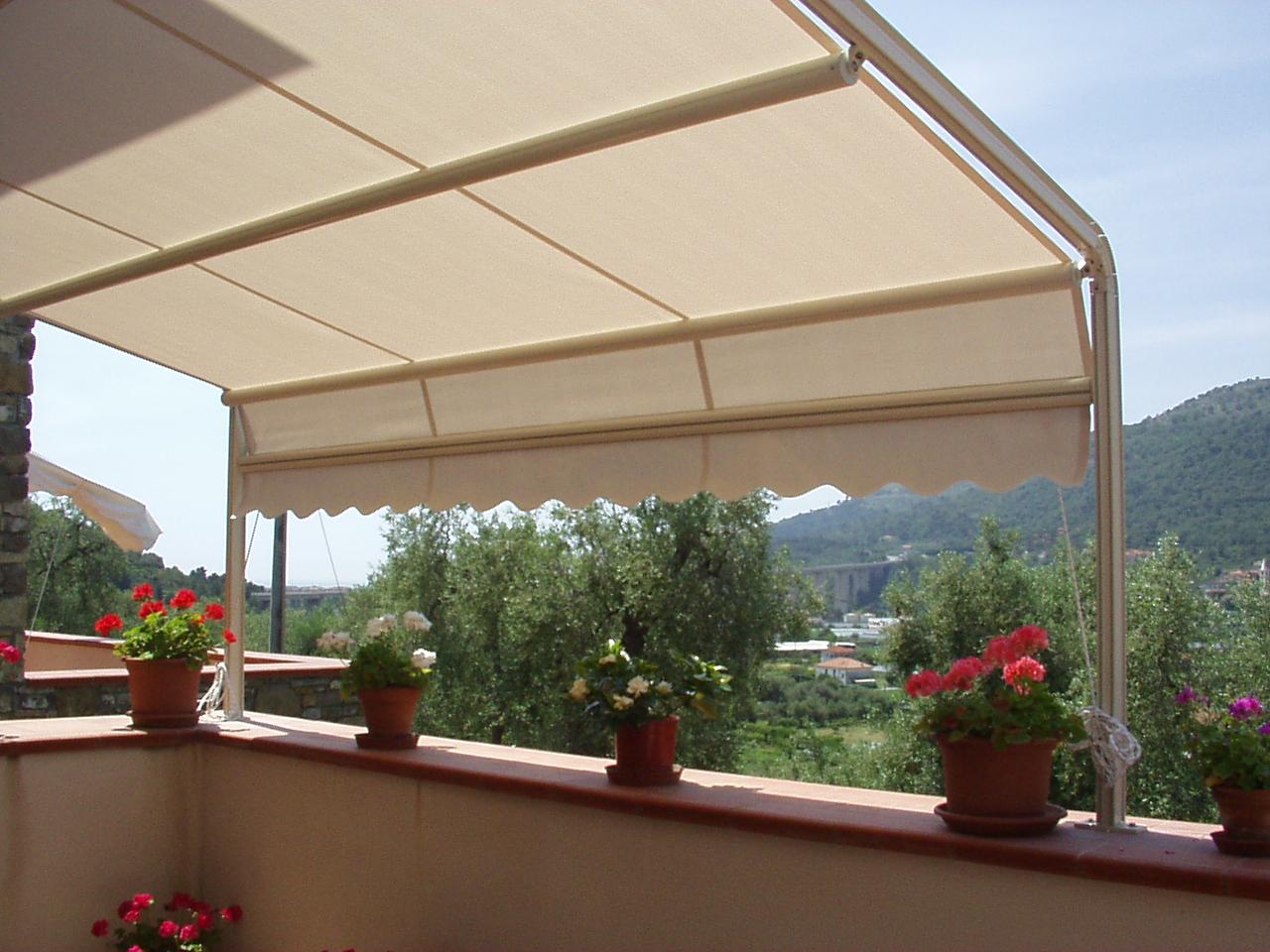 Tende da Sole a Lecce – Il Pentagono